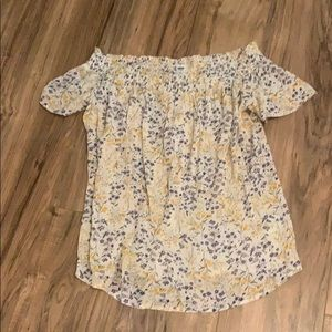 Old Navy Tops - *FINAL PRICE* Old Navy Off the Shoulder Blouse